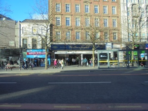Piccadilly Gardens' Spoons
